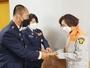 강진군 의용소방대연합회, 화재진압 중 연기흡입 의용소방대원 위로금 전달